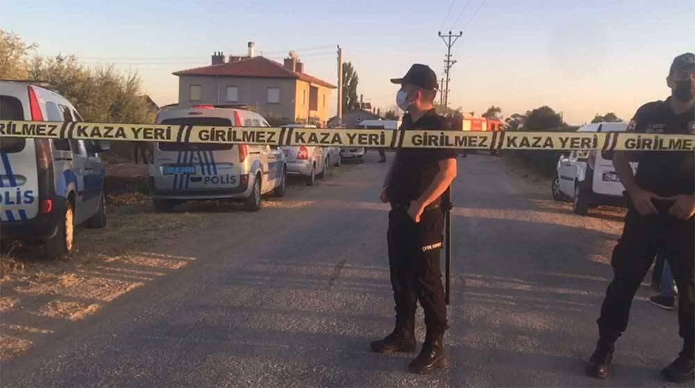 Konya'da bir aile vahşice katledildi! Olay yerinden görüntüler 2