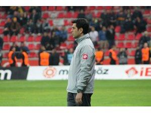 Mustafa Öğretmenoğlu ilk kez Kayserispor-Trabzonspor'un maçını yönetecek
