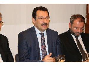 """AK Parti Genel Başkan Yardımcısı Yavuz: """"Cumhurbaşkanımız yurt dışındayken genel merkezimiz seçim çalışmasını sürdürüyor"""""""