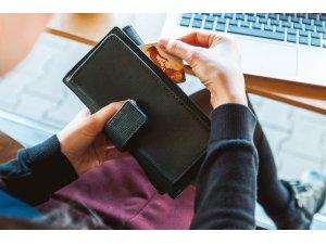 Sevgililer Günü'nde 2,5 milyar TL kartlı ödeme gerçekleşti