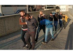 Samsun'da uyuşturucudan 5 kişi adliyeye sevk edildi
