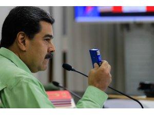 Maduro'nun kapattığı Brezilya sınırında kuyruklar oluştu