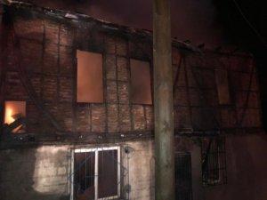 Fatsa'da ev yangını: 1 yaralı