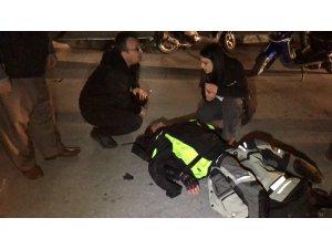 Hemşire otomobilini durdurup yaralıya koştu