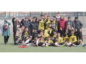 Şekerspor Nevşehir'e, Kocasinan Şimşekspor Osmaniye'ye gidecek