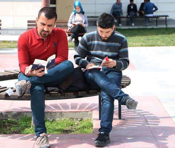 "KTO Karatay'da ""Birlikte Kitap Okuyalım"""