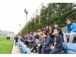 Malatyalı üniversite öğrencileri, Başakşehir antrenmanında