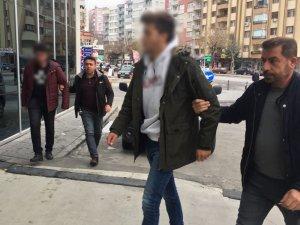 Konya'da sosyal medyadan hakarete suç duyurusu