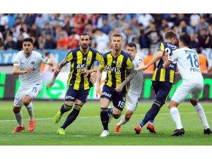 Fenerbahçe deplasmanda 7,5 ay sonra güldü