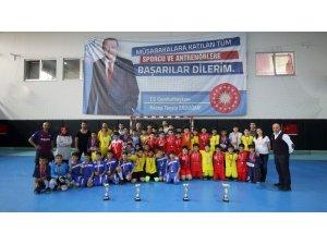 Futsalda Anadolu Ortaokulu şampiyon oldu