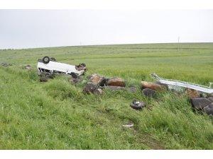 Direksiyon hakimiyetini kaybeden minibüs takla attı: 8 yaralı