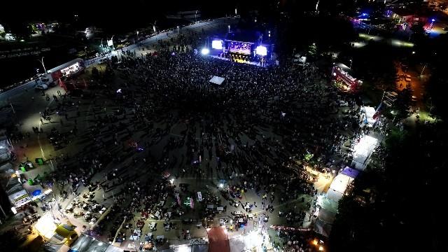 Beyşehir Göl Festivali'nde Yonca Lodi coşkusu