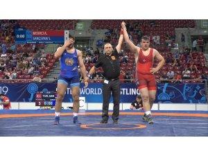 Adil Mısırcı Sofya'da bronz madalya kazandı