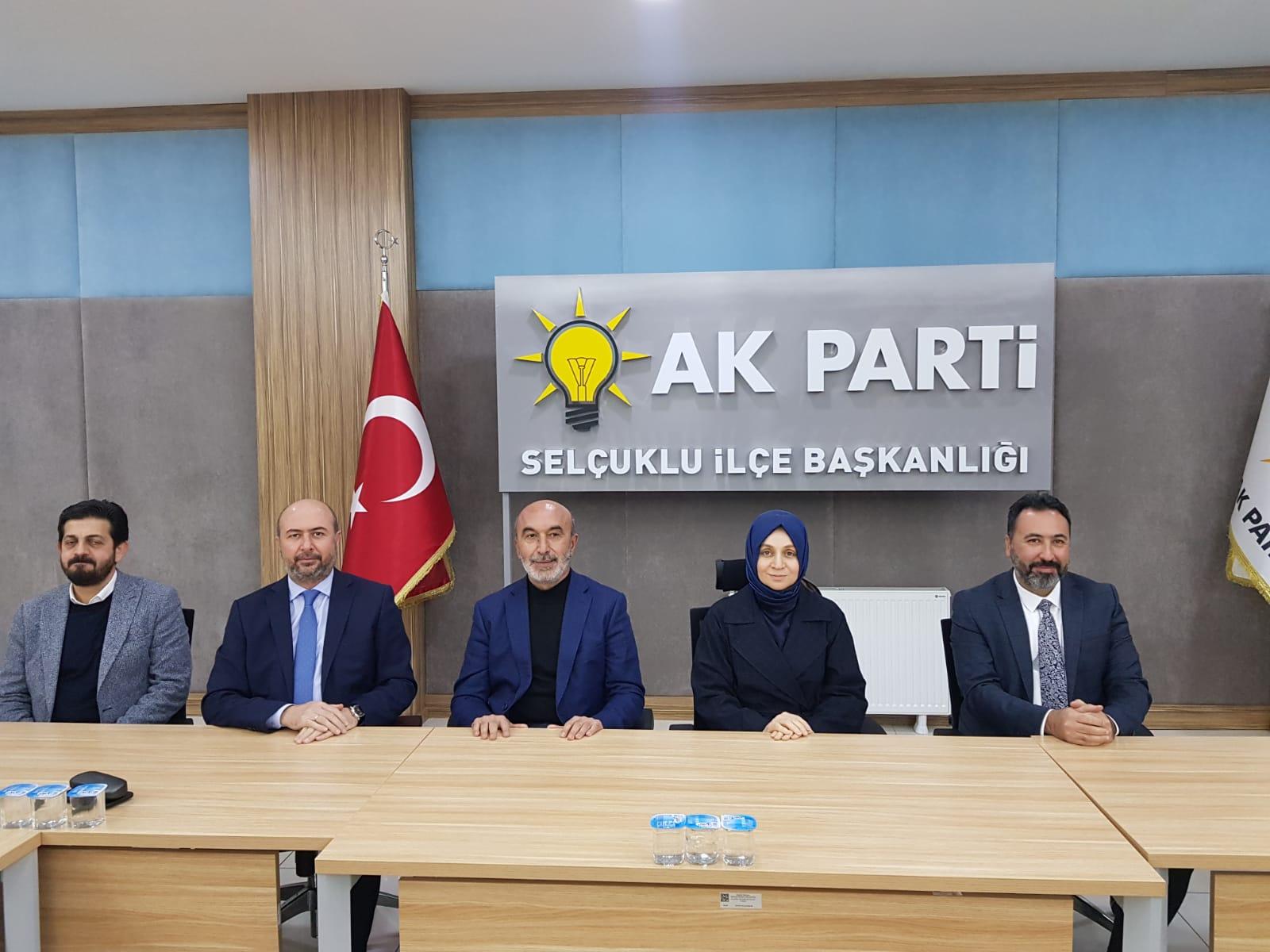 AK Parti Selçuklu'da yılın son toplantısı