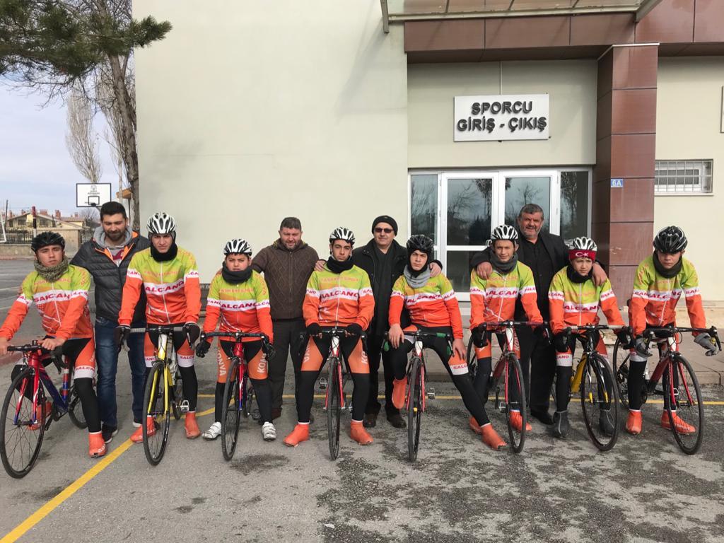 Taşkentspor Bisiklet Takımı 2020'de de iddialı