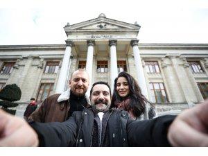 Ünlü oyuncular Müzede Selfie Günü etkinliğine katıldı