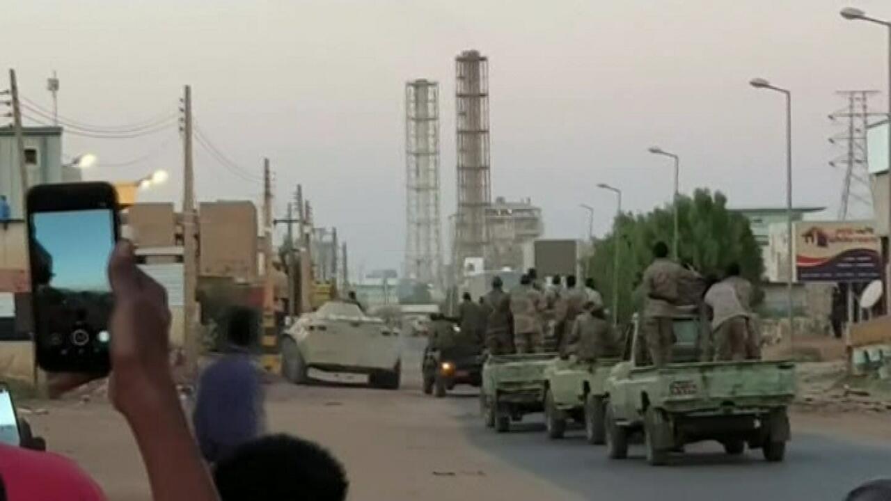 Sudan'da isyancı askerlerin ele geçirdiği petrol sahaları kurtarıldı