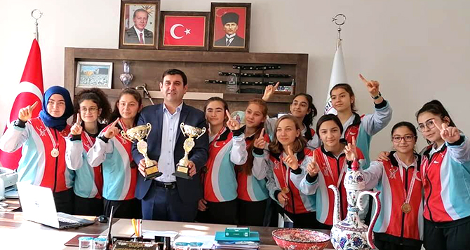 Konya şampiyonu filenin sultanları