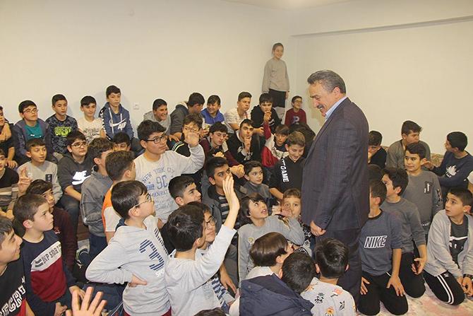 Başkan Tutal Kur'an kursunda