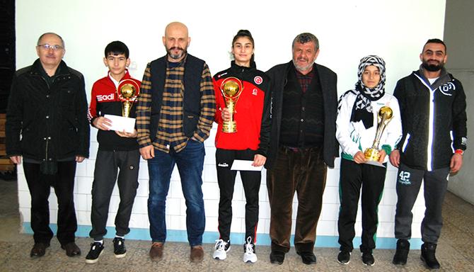 Taşkent spor başarılı Judocuları ödüllendirdi