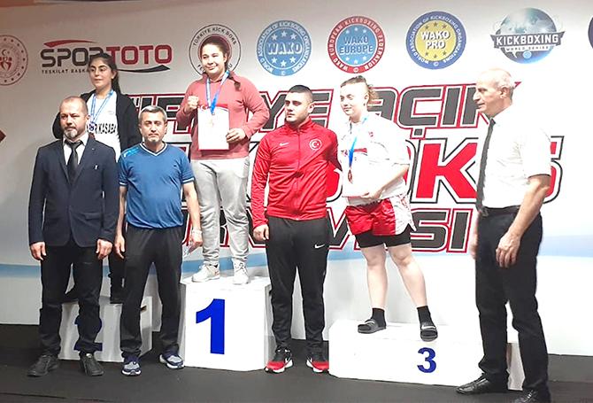 Türkiye Açık Kick Boks Turnuvası'nda Karatay şampiyon