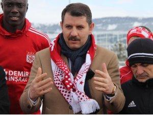 Sivas Valisi Salih Ayhan'dan Sivasspor açıklaması