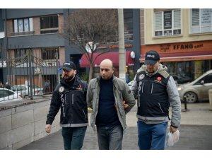 GÜNCELLEME - Eskişehir'de oyun hamuru kutusuna uyuşturucu gizleyen şüpheli tutuklandı
