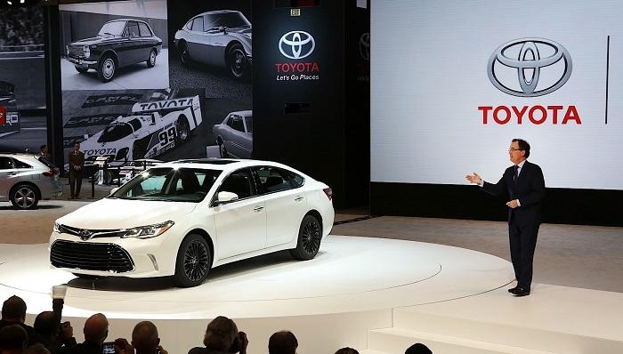 """Toyota'ya """"dünyanın en beğenilen otomobil markası"""" ünvanı"""