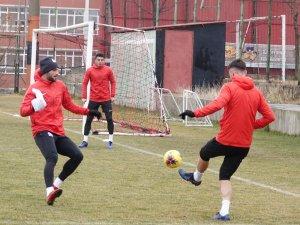 Gençlerbirliği, 3 eksik ile Medipol Başakşehir maçının hazırlıklarını tamamladı
