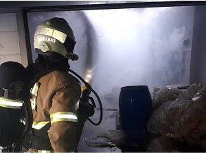 Zeytin imalathanesinde yangın çıktı