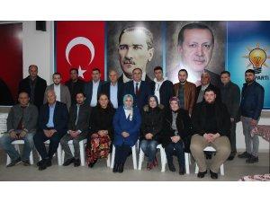 Alaşehir AK Parti'de yeni yönetim oluştu