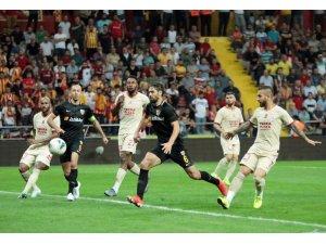Galatasaray ile Kayserispor 48. randevuda