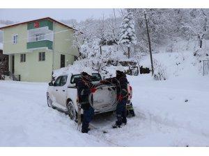 Sivas'ta enerji timlerinin kar ve karanlıkla mücadelesi