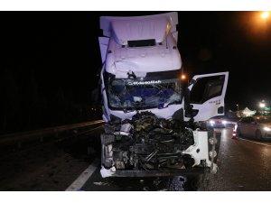 Anadolu Otoyolu'nda tırla tanker çarpıştı: 1 yaralı