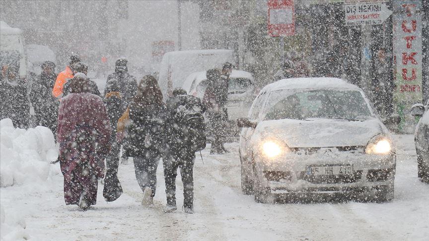 Yoğun kar nedeniyle kriz merkezi kuruldu