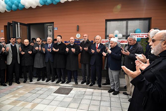 Malazgirt Emekliler Lokali ve Muhtarlık Ofisi açıldı