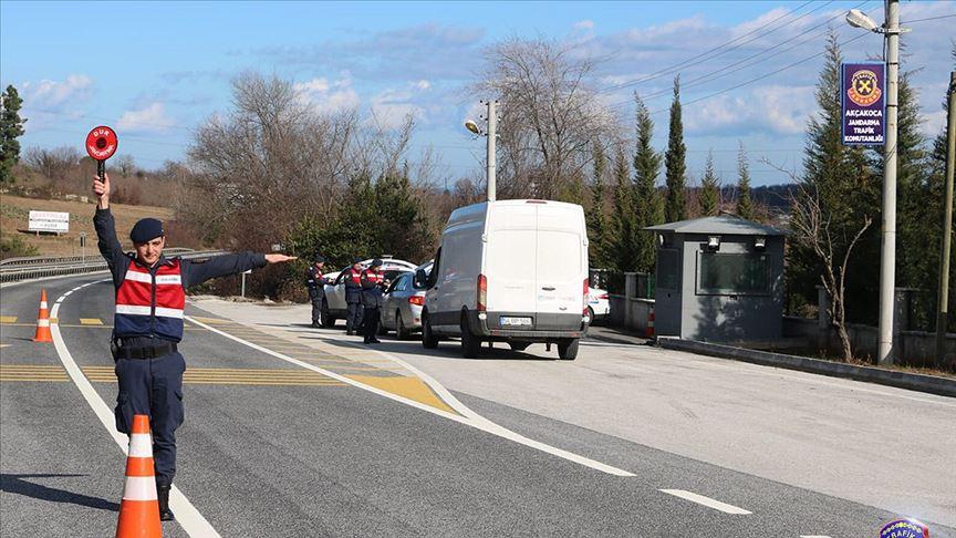 Türkiye geneli trafik uygulamasında 1200 araç trafikten men edildi