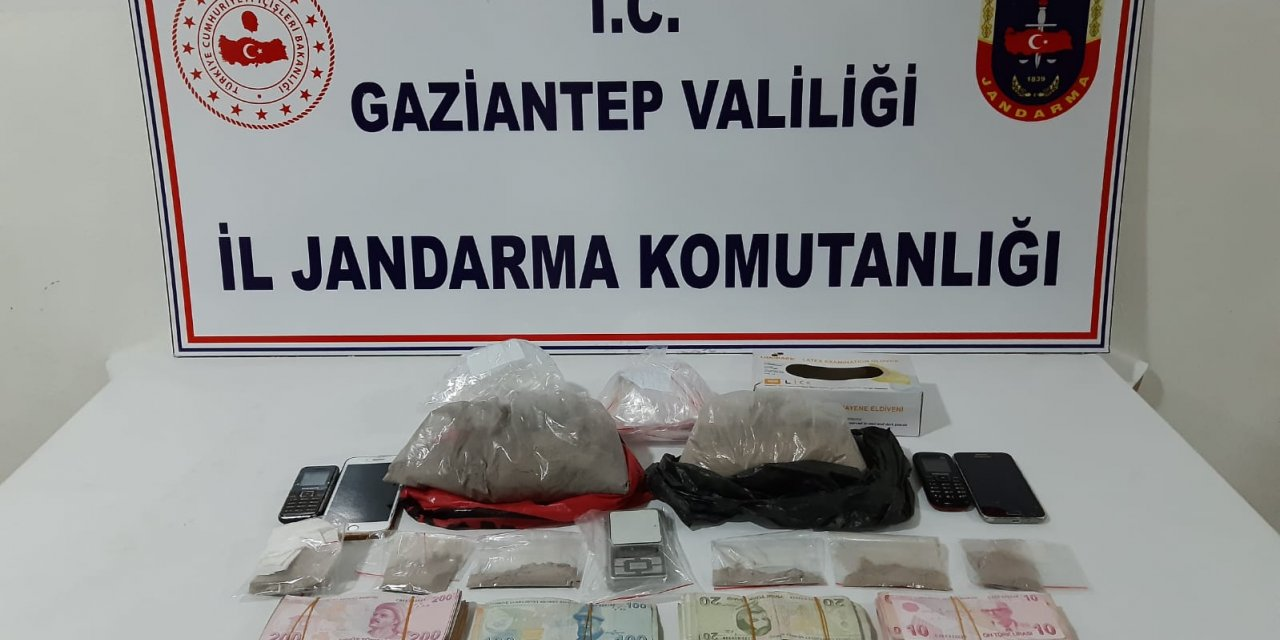 Gaziantep'te 2 kilogram eroin ele geçirildi