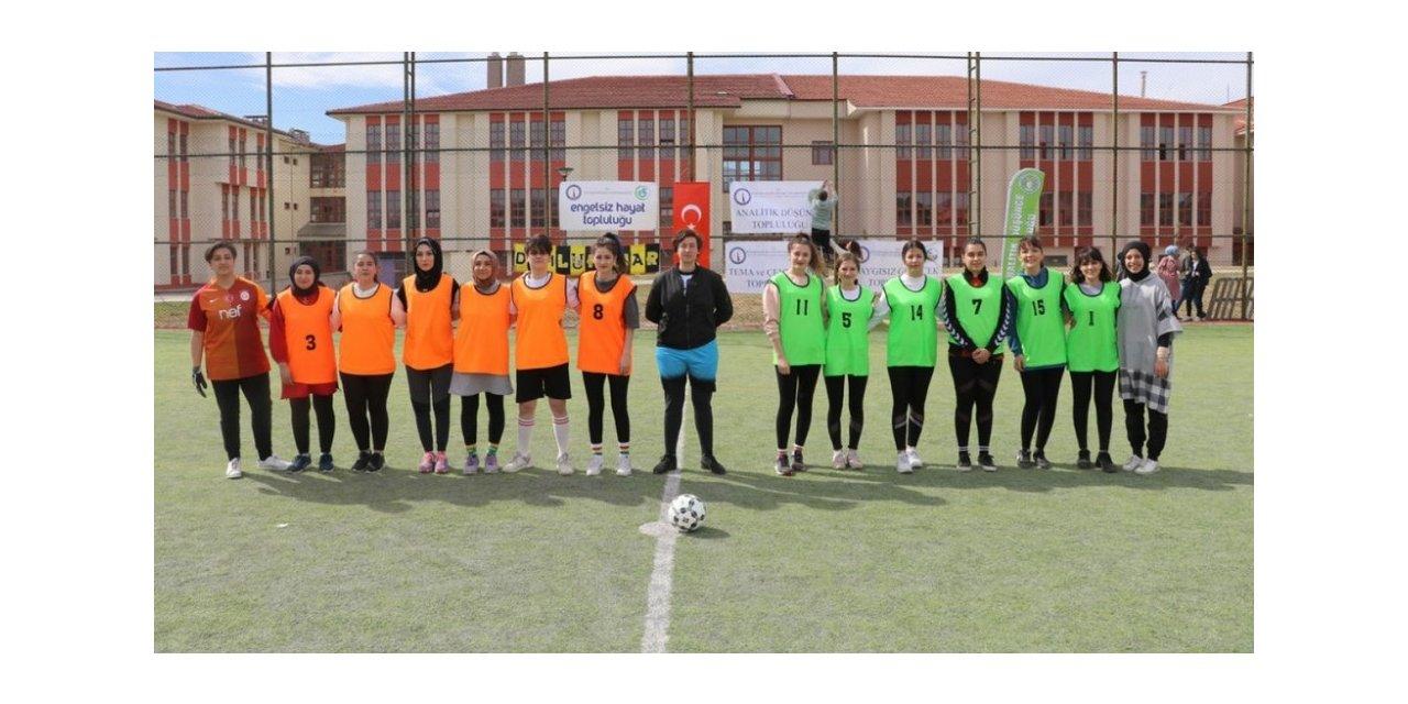 DPÜ'de futbol turnuvası