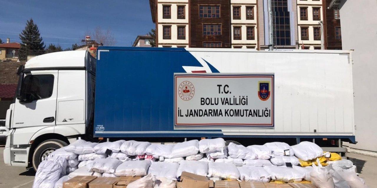 Bolu'da 3 ton 801 kilo kaçak tütün ele geçirildi: 1 gözaltı