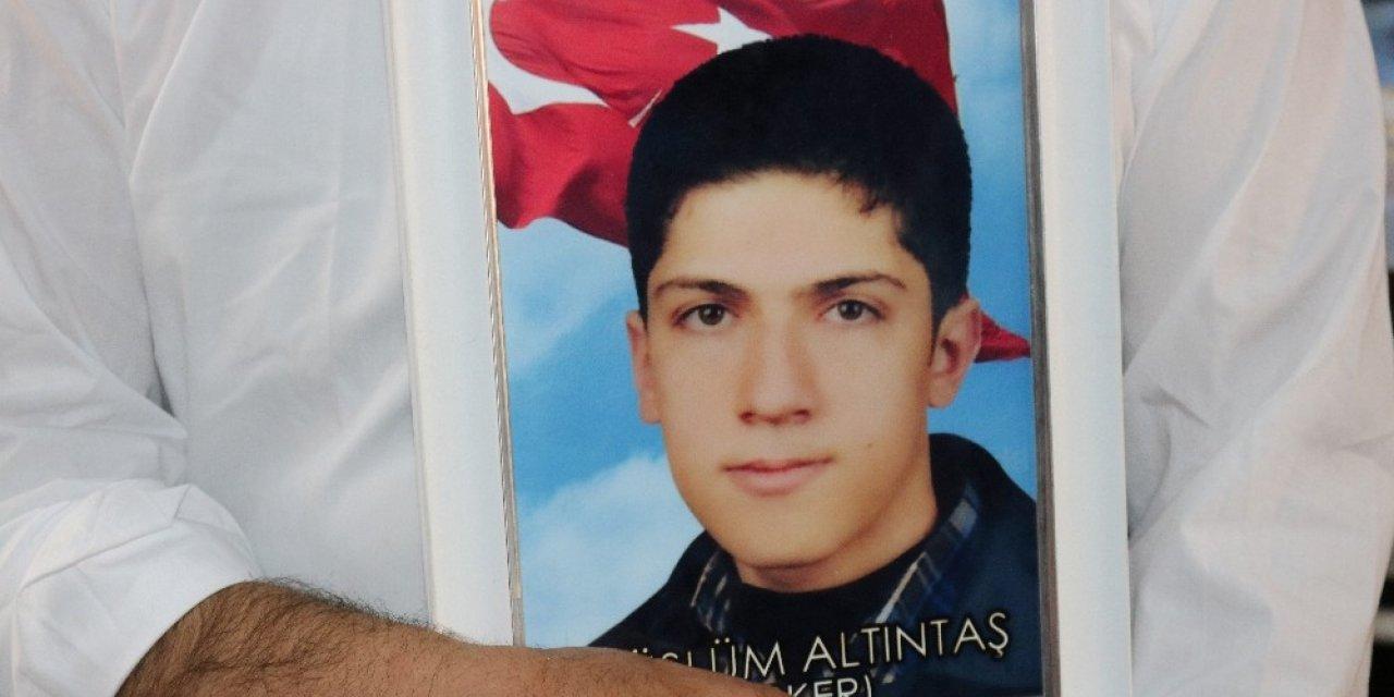Teröristlerin kaçırdığı er, HDP binasına getirildikten sonra Lice kırsalına götürülmüş