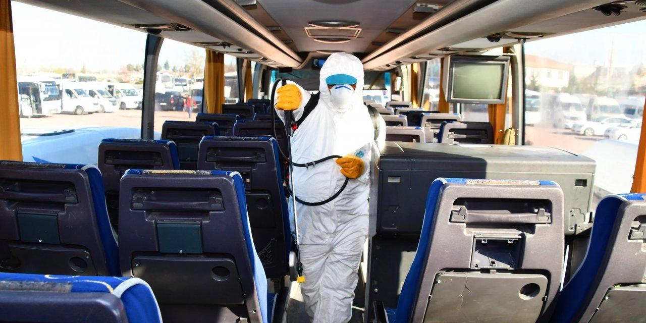 Aksaray'da okul ve işçi servisleri dezenfekte edildi
