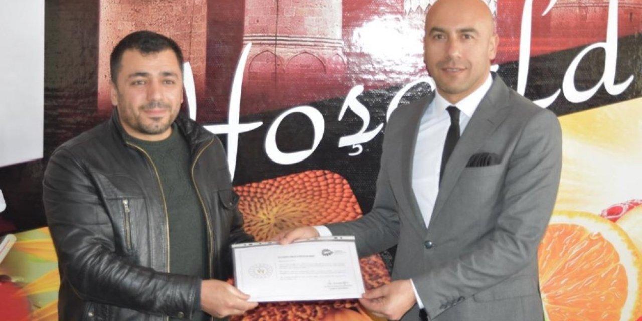 Bitlis'teki spor kulüplerine teşekkür belgesi