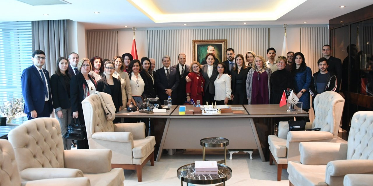 İYİ Parti Genel Başkanı Akşener, ESİAD üyelerini kabul etti