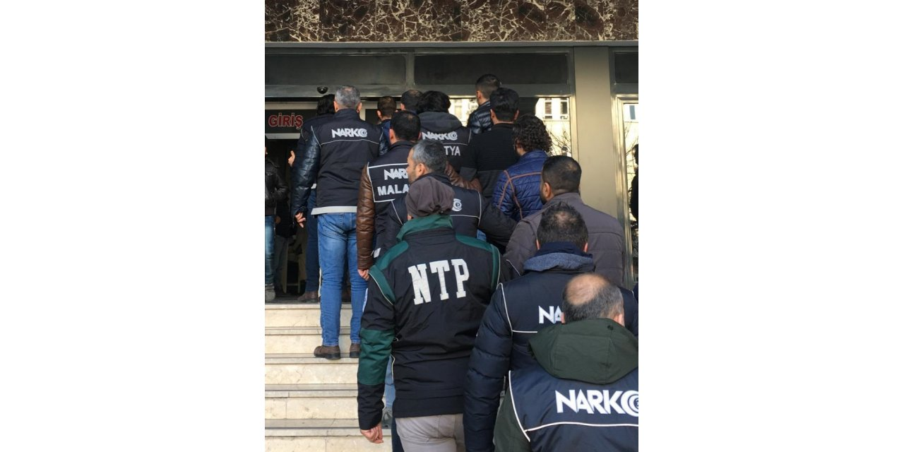 """Malatya'da """"torbacı"""" operasyonu: 9 gözaltı"""
