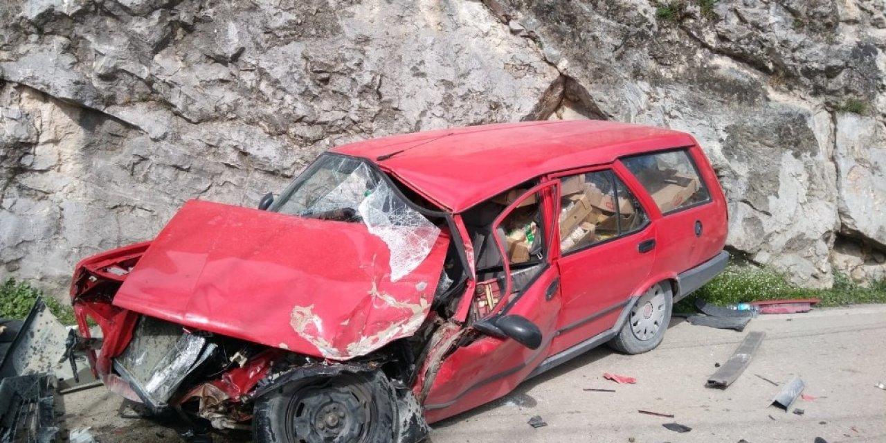 Otomobil ile tır çarpıştı: 1 yaralı