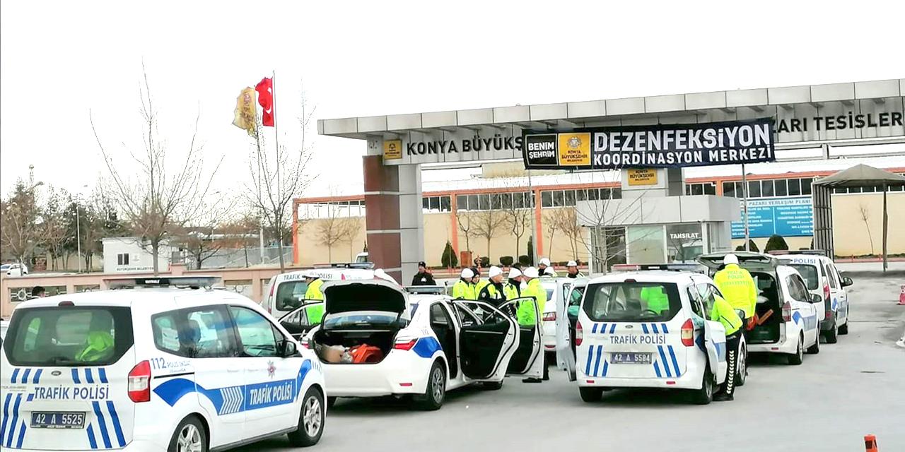 Konya'da 50 ekip ve 110 personel aralıksız çalışıyor