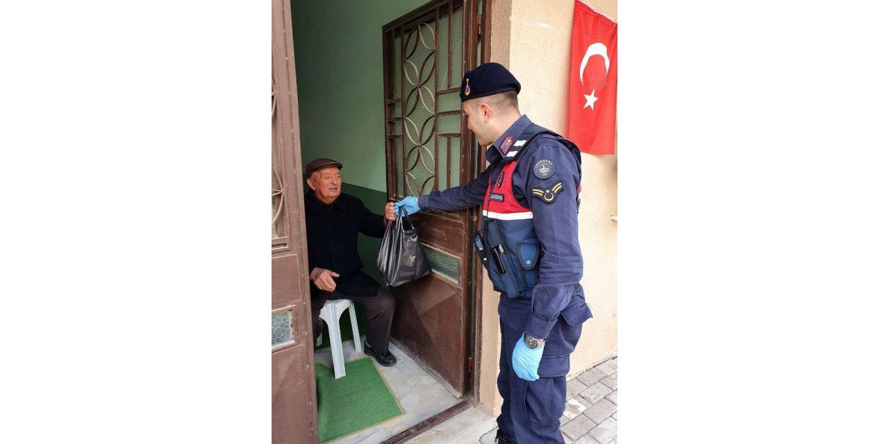 Tekirdağ'da Vefa Sosyal Destek Grubu 4 bin 928 vatandaşa hizmet verdi