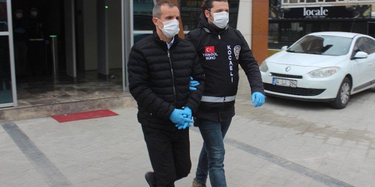 Sokağa çıkmaları yasaklanan yaşlı vatandaşları dolandıran sahte polis ve savcılar yakalandı