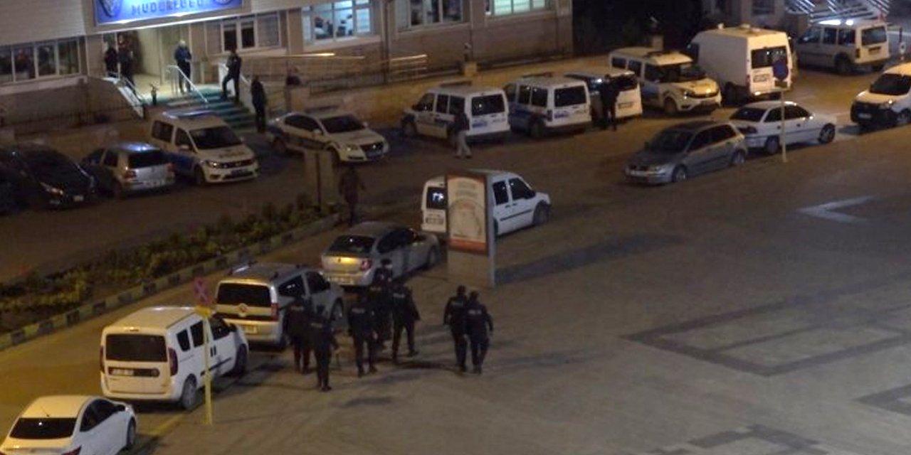 Kırıkkale'de gece yarısı kumar operasyonu! 14 kişiye sosyal mesafe cezası